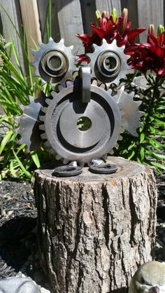 Metal art owl made with gears