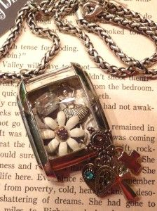 Dyi necklace made out of an old watch