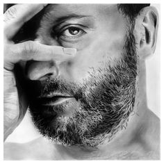 jean reno- I think I might have a thing for French men. well at least Jean Reno. Jean Reno, Black And White Stars, Andy Garcia, Black And White Portraits, Robert Redford, Mans World, Javier Bardem, Nicolas Cage, Illuminati