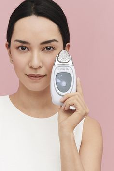 ageLOC Galvanic Spa is our most powerful, comprehensive at-home beauty device, designed to deliver charged treatment products that visibly improve skin. Galvanic Facial, Galvanic Body Spa, Ageloc Galvanic Spa, Nu Skin Ageloc, Spot Treatment, Facial Treatment, Serum, Anti Aging Skin Care, Healthy Skin