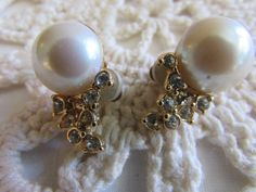 Vintage Pearl and Rhinestone Earrings/Vintage Clip-ons/Bridal Jewelry/Vintage Wedding Jewelry - FREE SHIPPING!!! by OwlMansionJewels on Etsy