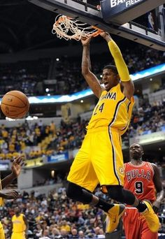 Paul george dunk 1 of the year mike pinterest nba nba pacers paul george dunks for two points vs the chicago bulls in a preseason game voltagebd Image collections