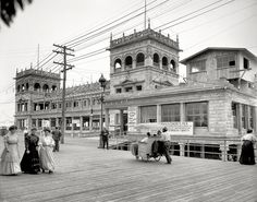 vintage everyday: 40 Interesting Vintage Photos That Capture Everyday Life in Atlantic City From the Early 1900s