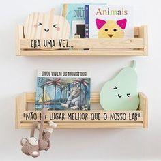 Porta livros personalizado feito em madeira