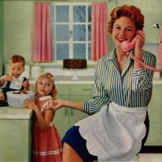1950s Housewife, Vintage Housewife, 1950s Aesthetic, Domestic Goddess, 1950s Fashion, Glamour, Look, 3d Printing, Vintage Toys