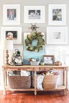 DIY Home Decor Inspiration : Illustration Description Love this style! Fall console table and gallery wall with tiered farmhouse stand and magnolia wreath -Read More – Fall Entryway, Entryway Tables, Best Desk Lamp, Farmhouse Lamps, Bright Homes, Bedroom Lamps, Bedroom Table, Affordable Home Decor, Diy Wall Decor