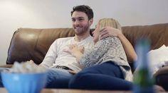 No te pierdas ningún detalle de tus series con la inmersión de color de QLED TV. Tu nuevo favorito ya está en casa. #MásRealConQLED Conócelo 👉 http://www.samsung.com/co/tvs/qled/overview/