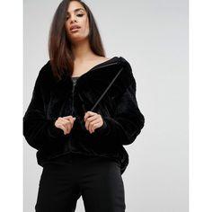 Kendall Kylie Faux Fur Zip-Up Hoodie (3.045 ARS) ❤ liked on Polyvore featuring tops, hoodies, black, hooded zipper sweatshirts, zip hoodie, zip up hoodies, hooded zip up sweatshirt and cropped hoodie