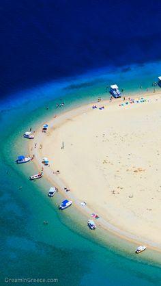 Discover Marathonisi island in Zakynthos Greece. #dreamingreece #zakynthos #greece #travel #travelguide #vacation #holidays #destination #beaches #greekislands #photography #ionian #summervacations
