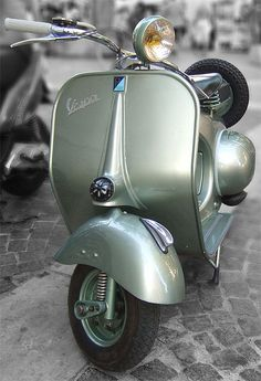 "The Vespa is a line of scooters patented on April 1946 by the company Piaggio & Co, S. The name Vespa, which means ""wasp"" in Italian, was chosen by Enrico Piaggio. Piaggio Vespa, Vespa Vbb, Lambretta Scooter, Vespa Scooters, Triumph Motorcycles, Vintage Motorcycles, Custom Motorcycles, Vespa Motorcycle, Motorcycle Design"