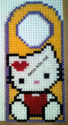 DECO.KDO.NAT: Perles hama: hello kitty pancarte de porte
