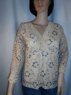 Lace Knit Top Beige Blue Lined Medium 3/4 Sleeves | Studio 1940 Brand