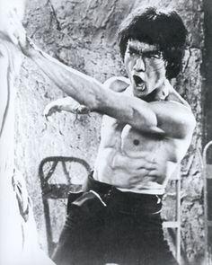 Bruce Lee en pleine action!!!!