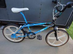 1987 HARO FST FREESTYLER OLD SCHOOL VINTAGE FREESTYLE BMX BIKE COMPLETE HARO GT