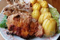 Nejchutnější maso s bramborami pečené vcelku - tajemství se skrývá v marinádě.   NejRecept.cz Chicken, Meat, Cooking, Cubs