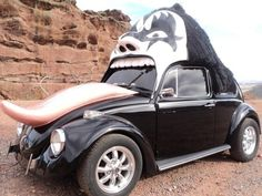Kiss-themed Bug can lick your driveway for a song