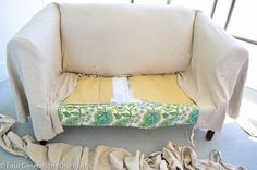 How to reupholster a couch in just 2 hours! No-Sew! How to upholster a couch without sewing! Furniture Projects, Furniture Making, Furniture Makeover, Home Projects, Diy Furniture, Couch Makeover, Trendy Furniture, Diy Couch, Sofa Couch