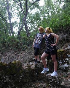 Mirando a la nada, pensando en todo xD  Rin ⏩ Kyari  Len ⏩ Tryska  #vocaloid #Rin #len #kagamine #cosplay #cosplaygirls #kagaminetwins #sisters #banana #orange #landscape #natrualeza #natura #vocaloidcosplay #wig #rinandlen #anime #Valkyrie_Sisters #badasscosplaygirl #instacosplay #thecosplayalliance #cosplayrama