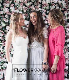 Enchanted Garden Blomstervegg - Blomstervegg til bryllup, selskap og events Enchanted Garden, Bridesmaid Dresses, Wedding Dresses, Bridal Showers, Flower Wall, Elegant, Chic, Rose, Flowers