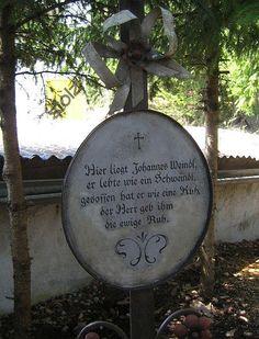Kuriose Friedhofstafeln - Seite 1 - Gartenfreunde - Mein schöner Garten online