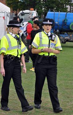London Police, Police Uniforms, Cops, Sexy Women, British, Action, Woman, Blue, Female Cop