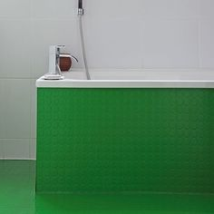Red rubber flooring from polyflor in bathroom bathroom for Bright green bathroom ideas