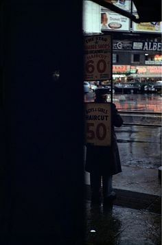 © Saul Leiter, Here's More Why Not. Courtesy of Gallery 51