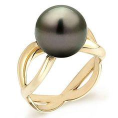 Black Pearl Ring  #diamond #pearls #earrings #bridesmaid #girl #fashion #jewelry #gold #silver #rosegold #elegant #beauty #dress #wedding #engagement