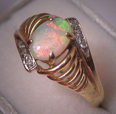 Estate Australian Opal Diamond Ring 14K Gold by AawsombleiJewelry, $495.00