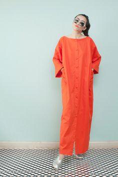 สตรีทแฟชั่น Super Oversized Orange Linen Maxi Dress by WLS :: Street Fashion Outfits & Authentic Vintage [เสื้อผ้าสตรีทแฟชั่่น เดรสวินเทจพรีเมี่ยม]