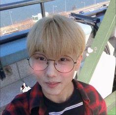 ➳♡゛ nct soft bot Park Jisung Nct, Cute Profile Pictures, The Big Hit, Kpop, Nct Dream, K Idols, Future Husband, Jung Jaehyun, Boy Groups