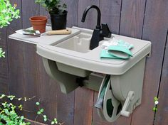 Outdoor Sink - really considering this one but might need to look into moving the spigot Outside Living, Outdoor Living, Diy Doctor, Outdoor Sinks, Build Outdoor Kitchen, Backyard Bar, Outdoor Spaces, Outdoor Ideas, Vintage Diy
