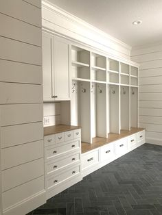 Shiplap Mudroom with Herringbone Tile Mudroom Laundry Room, Laundry Room Remodel, Cheap Home Decor, Herringbone Tile, Home Remodeling, Building A House, Entry Tile, Door Entry, New Homes