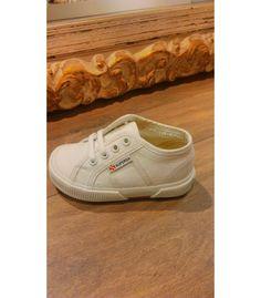 Comprar Zapatilla SUPERGA para niño y niña | Gran variedad de modelos y colores en Mi Gatito Pepo. http://www.migatitopepo.es/4-zapatos-nina #calzadoinfantil #calzadoniña