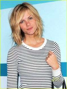 Brooklyn Decker Chops Off 10 Inches of Hair | brooklyn decker bob haircut 04…