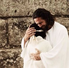 Love this picture or Christ perfectly depicts his understanding and love for each of us