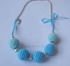 crocheted necklace- would look cute with smaller beeds