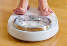 Natural Remedies To Lose Weight Natural Remedies To Fight Stubborn Fat With Ayurveda - How to burn fat at home? Stubborn fats are stored fats that are extremely difficult to lose, like the pockets of fat around the stomach, hips, and thighs. Start Losing Weight, Weight Gain, How To Lose Weight Fast, Mindless Eating, 7 Day Diet Plan, Stubborn Fat, Lose Weight Naturally, Burn Belly Fat, Loosing Weight
