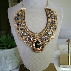 """Maroon Black Gold Beaded Bib Collar Necklace Absolutely gorgeous! This can dress up any outfit. Lightweight and comfortable on. Well-loved but still in great condition. Has lots of life left! Underside has a gold sheen while the front bears lovely beads. Colors are gold, maroon, gray and black. Stunner! Has 3"""" extender. 16"""" - 19"""" length.    NO TRADES Boutique Jewelry Necklaces"""