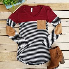 Stitch fix stylist: Love this Cranberry Stripes and Suede Top. Nyc Fashion, Look Fashion, Fashion Outfits, Fasion, Fashion Tips, Pullover Shirt, Shirt Bluse, Fall Winter Outfits, Autumn Winter Fashion