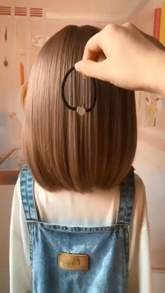 Hair Up Styles, Medium Hair Styles, Short Styles, Girls Short Hair Styles, Cute Hair Styles Easy, How To Style Short Hair, Hair Medium, Braid Styles, Easy Hairstyles For Long Hair