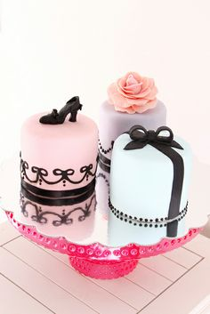Mini Cakes for her by Bake-a-boo Cakes. Love.