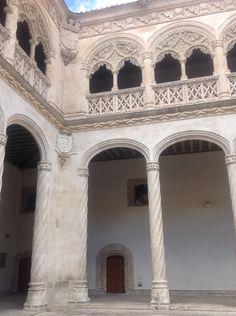 Claustro del Colegio de San Gregorio, sede del Museo Nacional de Escultura. Valladolid (23/08/2015).
