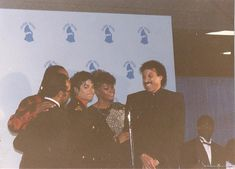 Michael Jackson Rare, Lionel Richie, Great Smiles, Thriller, Awards, Polaroid Film, Husband, Mj, Christ