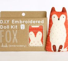 Fox – DIY Embroidery Kit Love Foxes!