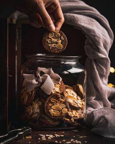 Čokoládovo kokosový koláč - Recept - Lenivá Kuchárka Whiskey Bottle, Jar, Mascarpone, Jars, Glass