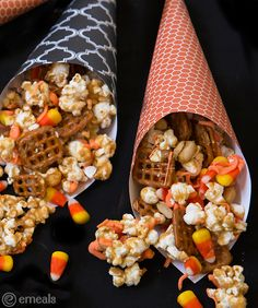 Perfect for Halloween! Caramel Popcorn and Pretzels | eMeals