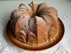 kudy-kam...: Bábovka alá štrůdl Breakfast Recipes, Dessert Recipes, Desserts, Czech Recipes, Pound Cake, Apple Pie, Baking Recipes, Brunch, Food And Drink