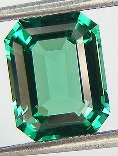 Product Name: Lab Created Emerald  Please note that stones color may look slightly different from the actual pieces!!  Gem Type: Lab-Created Item 1 Approx. Weight: 2.40 ct. Size : 9 x 7 x 4.8 mm.  Item 2 Approx. Weight: 2.41 ct. Size : 9.1 x 7.1 x 4.8 mm.  Item 3 Approx. Weight: 2.42 ct. Size : 9.1 x 7 x 4.7 mm.  Item 4 Approx. Weight: 2.44 ct. Size : 9.1 x 7 x 4.7 mm.  Shape: Rectangular Asscher  Specific Gravity: 2.90-3.10 Color:Green  Luster: Vitreous Hardness: 7 Refractive Index: 1.70…