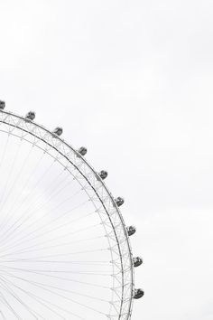 Photo by Adam Birkett on Unsplash Part of a ferris wheel with enclosed cars for riding in and people in the cars against an overcast sky photo – Free Black-and-white Image on Unsplash<br> Black And White Aesthetic, Aesthetic Colors, Aesthetic Collage, Aesthetic Vintage, Black And White Picture Wall, Black And White Pictures, Foto Poster, White Sky, Black White